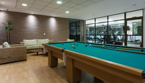 A billiards table at Best Western Premier Maceió
