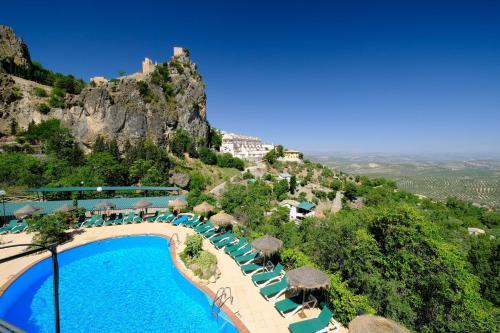 Vista de la piscina de Hotel & Spa Sierra de Cazorla 4* o alrededores