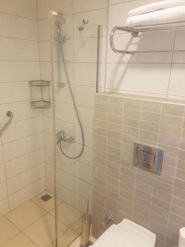 Een badkamer bij Grand Okan Hotel