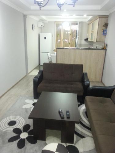 The lounge or bar area at Giorgi's Apartment