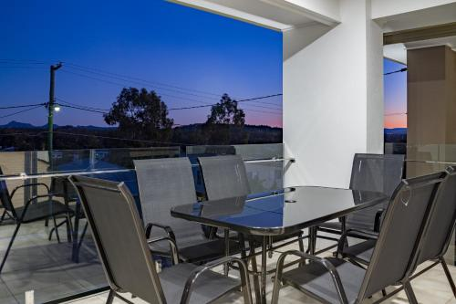 A balcony or terrace at Brand New Executive Living