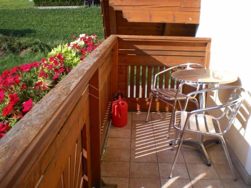 Ein Balkon oder eine Terrasse in der Unterkunft Pension Thermensonne