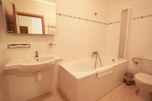 Koupelna v ubytování Hotel U Divadla