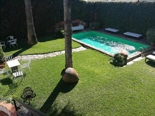 A view of the pool at La Tierra Roja or nearby