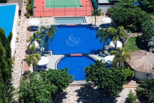 Вид на бассейн в TTC Hotel Phan Thiet или окрестностях