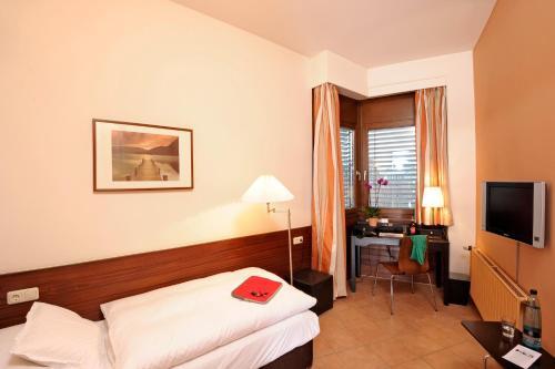 Ein Bett oder Betten in einem Zimmer der Unterkunft Michaelis Hof
