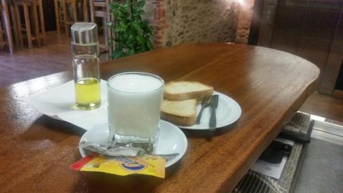 Drinks at Hostal Virgen de la Encina