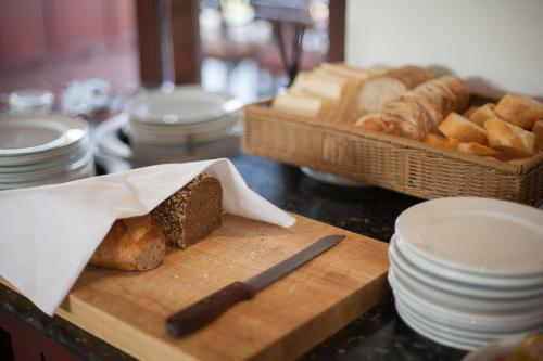 Breakfast options available to guests at Green Park Boutique Hotel