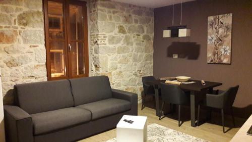 A seating area at Apartmens Melisa