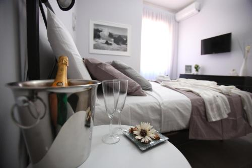 A bed or beds in a room at Amalficoastapartment
