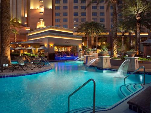 The swimming pool at or near Hilton Grand Vacations Suites on the Las Vegas Strip