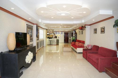 Lobby/Rezeption in der Unterkunft Phu Qui Hotel