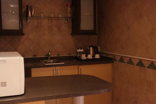 A cozinha ou cozinha compacta de Boudl Al Nakheel
