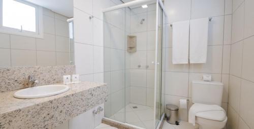 A bathroom at Umbu Hotel Porto Alegre Centro Histórico