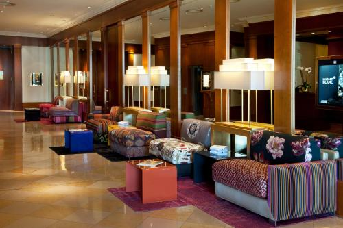 A seating area at Beau Rivage Hotel