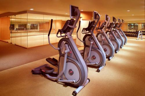 The fitness center and/or fitness facilities at Hyatt on the Bund