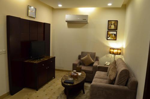 Uma área de estar em Intour Qurtoba