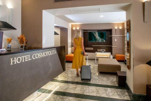 The lobby or reception area at Hotel Cosmopolita