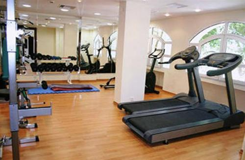 The fitness center and/or fitness facilities at Crithoni's Paradise Hotel