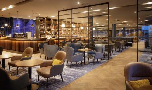 The lounge or bar area at Hilton Dublin Airport