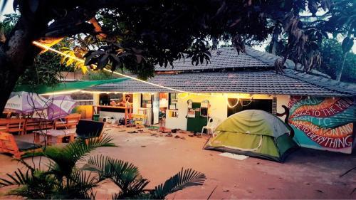 Happy Panda Hostel Arambol Goa