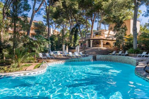Basen w obiekcie Lago Garden Apart-Suites & Spa Hotel lub w pobliżu