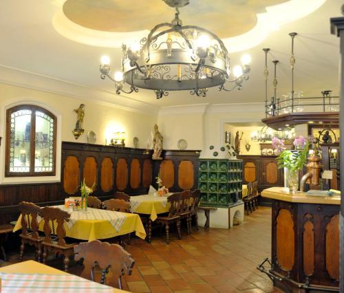 Restaurace v ubytování Hotel Gasthof Kirchenwirt