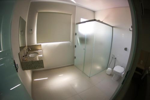 Um banheiro em Litani Comfort Inn