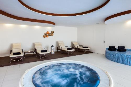 Spa and/or other wellness facilities at Occidental Jandía Royal Level - Adults Only