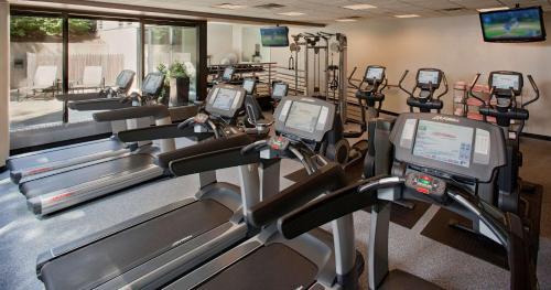 The fitness center and/or fitness facilities at Hyatt Regency Columbus