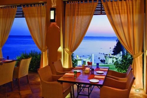 مطعم أو مكان آخر لتناول الطعام في فندق بارك حياة جدة - مارينا , نادي وسبا