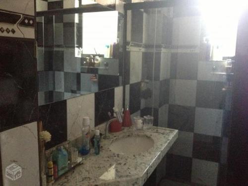 A bathroom at Minussi 2 quartos
