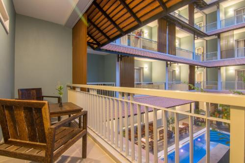 A view of the pool at Chhay Long Angkor Boutique Hotel Siem Reap or nearby
