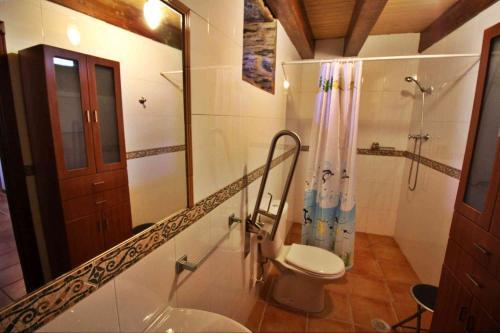 Un baño de Casa A Quintela