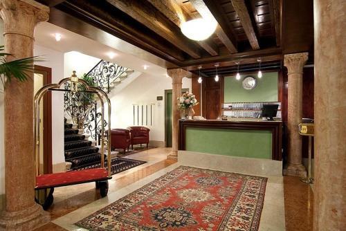 O saguão ou recepção de Foscari Palace