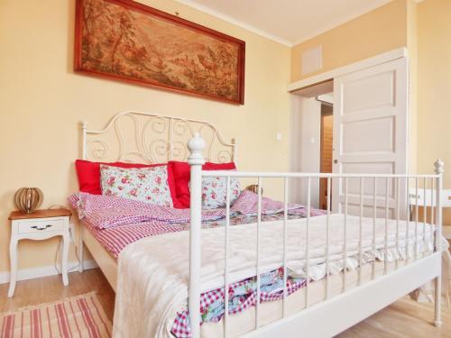 Postel nebo postele na pokoji v ubytování Rumbach Terrace Apartman