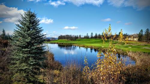 Resort at Eagle Point Golf Club Lodging