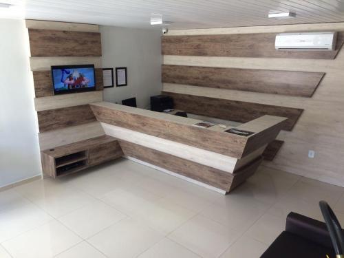 The lobby or reception area at Hotel Confiança