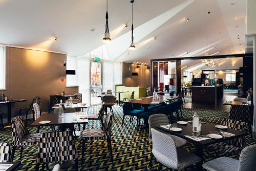 A restaurant or other place to eat at Novotel Stevenage