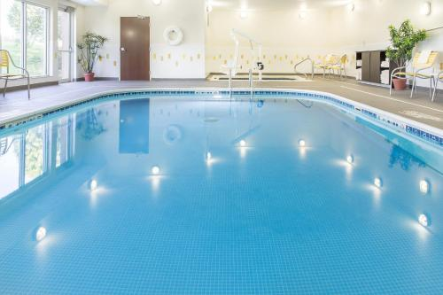 The swimming pool at or near Fairfield Inn & Suites Sioux Falls