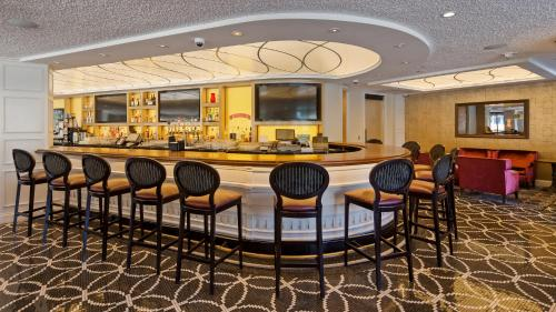 The lounge or bar area at Best Western Premier Park Hotel