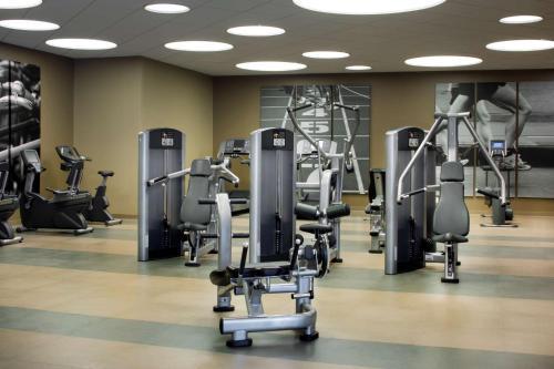The fitness center and/or fitness facilities at Hyatt Regency Cincinnati