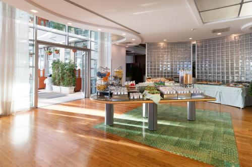 The lobby or reception area at Towers Hotel Stabiae Sorrento Coast