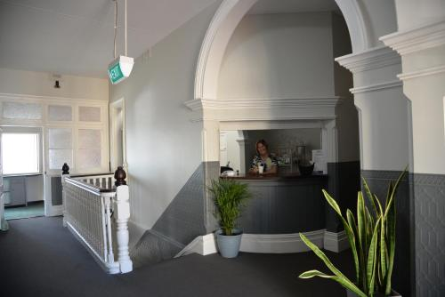 The lobby or reception area at Geraldton Backpackers
