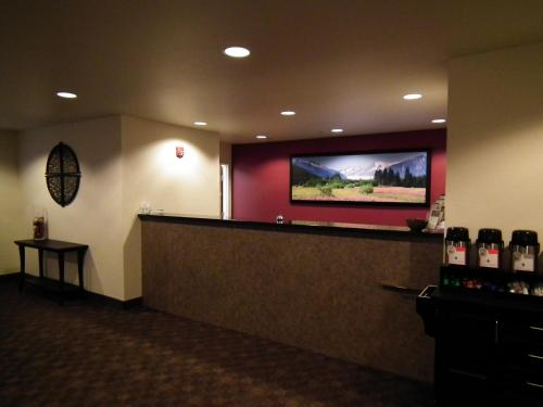 The lobby or reception area at Aspen Suites Hotel Juneau