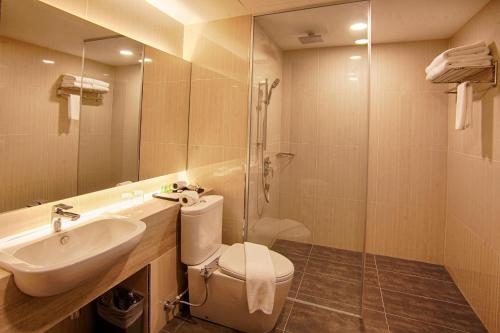 A bathroom at Millesime Hotel Johor Bahru