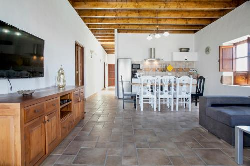 Una cocina o zona de cocina en Caserío Leandro II