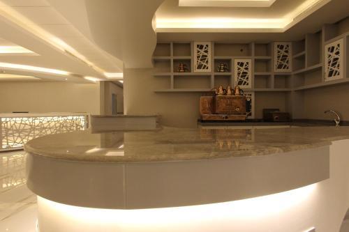 O saguão ou recepção de Hayat Rose Hotel Apartments