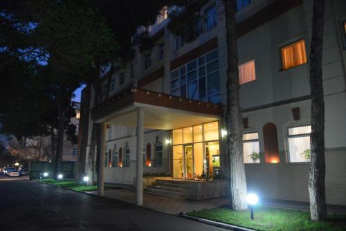 City Mansion ApartHotel