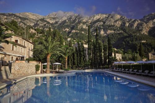 Basen w obiekcie La Residencia, A Belmond Hotel, Mallorca lub w pobliżu